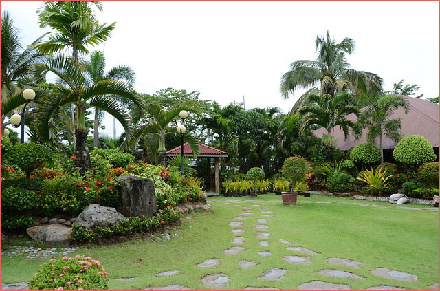 - Paisajes y jardines ...