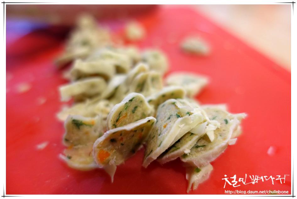 [먹거리] 라면.달걀버섯만두부침개(원도심레츠)